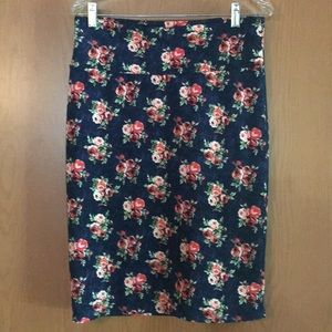 LulaRoe Cassie pencil skirt MEDIUM floral